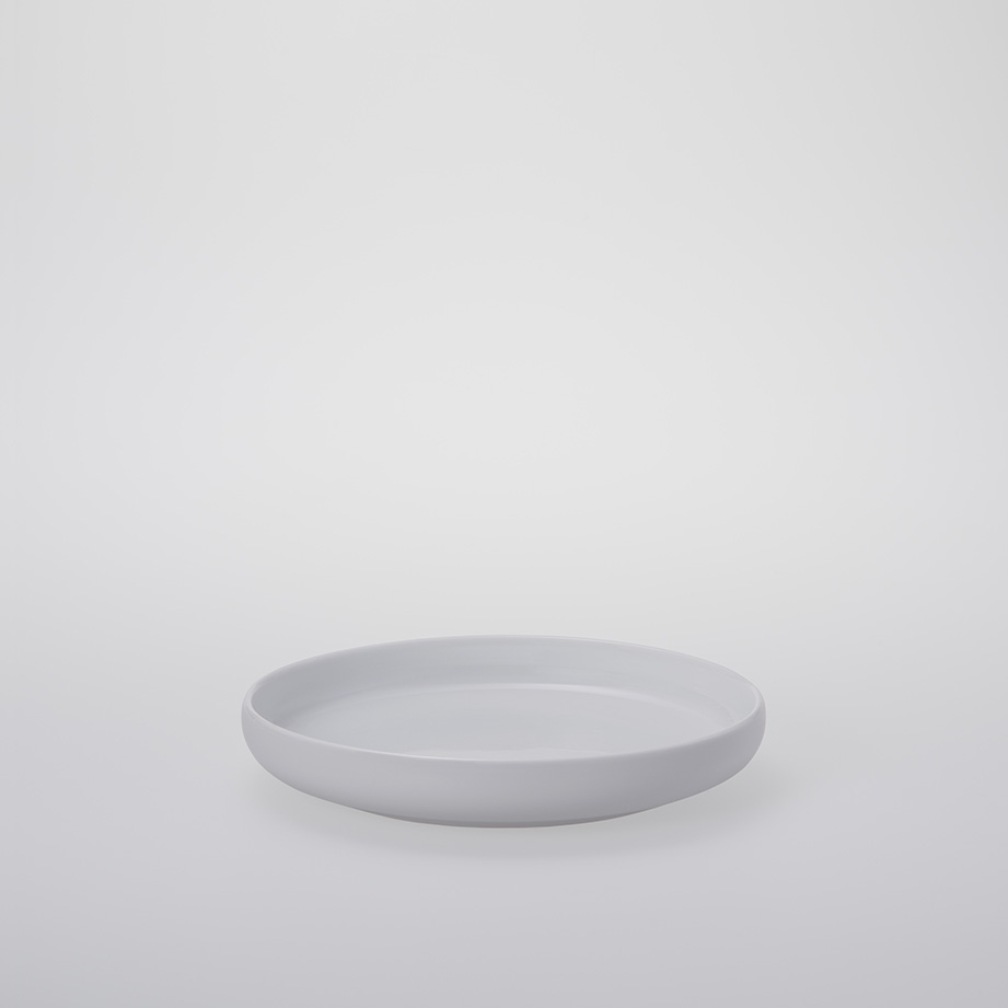 Chinese-style Round Porcelain Plate 200mm